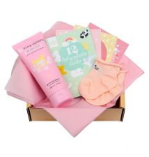 Baby gift box with Tiny Humans Baby Body Lotion, 12 double-sided Baby photo cards, baby socks (0-3 months)